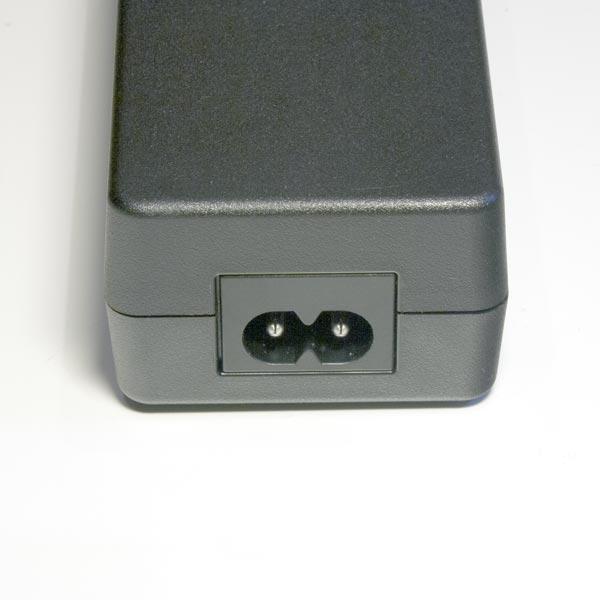 Fujikura ADC-09 : Сетевой адаптер для Fujikura FSM-12S.
