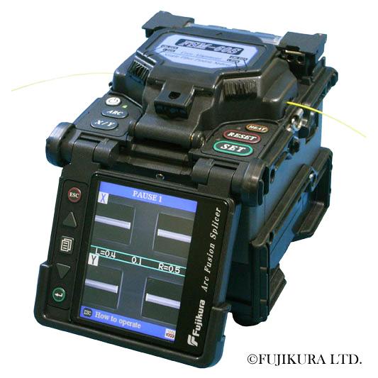 Fujikura FSM-60S : Сварочный аппарат
