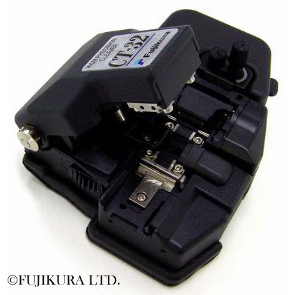 Fujikura CT-32 : Прецизионный оптический скалыватель