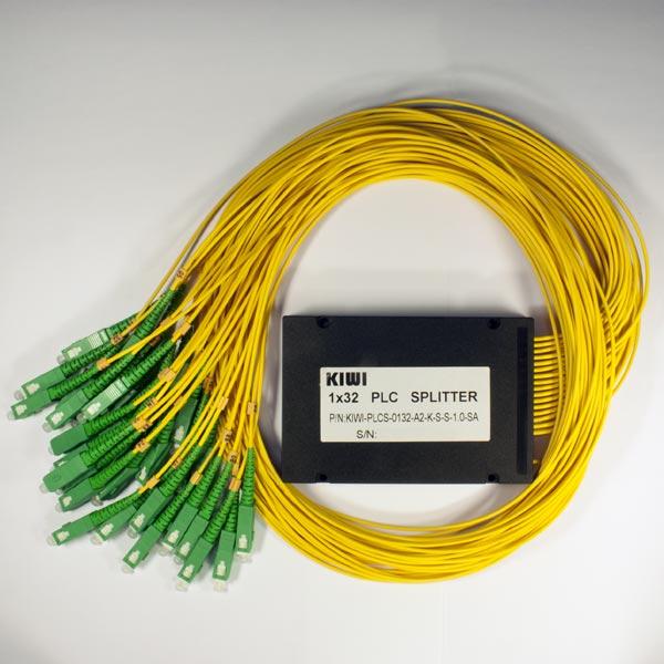 KIWI-PLCS-0132-A9-L-L-1.5-SA : Сплиттер оптический планарный 1х32, 0,9мм,1.5м, оконцованный SC/APC