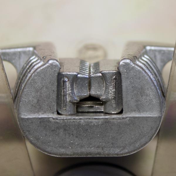 M47-C (KAB) : Зажим анкерный клиновой