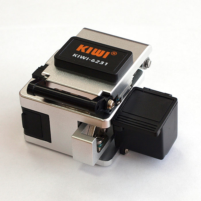 KIWI-6231 : Прецизионный скалыватель оптического волокна